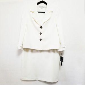 Tahari Winter White Skirt Suit Size 16